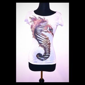 Short Sleeve Graphic T-shirt & Crystals ALMOST NEW